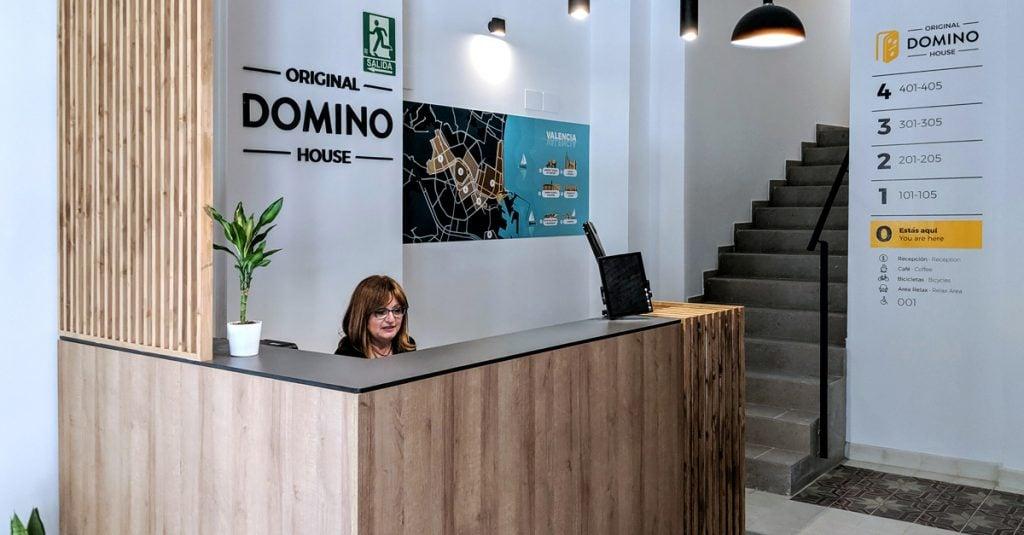 La recepción de Original Domino House.