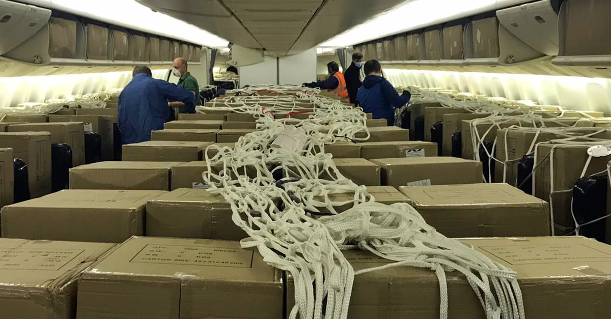 La operación ha permitido traer millones de mascarillas sanitarias a España.
