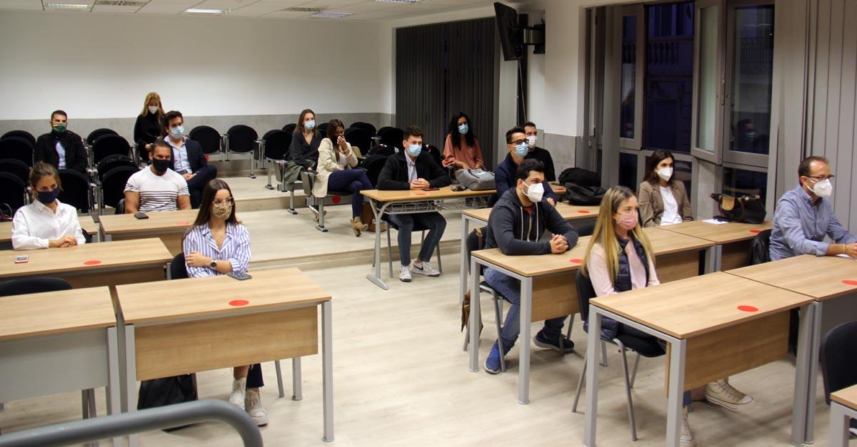 Alumnos del Máster en Derecho Marítimo de la Universidad Católica de Valencia (UCV).