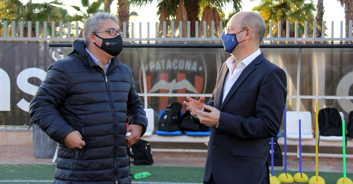 Salvador Pons, presidente del Patacona C.F, y Jorge Alonso, presidente y CEO de Grupo Alonso.