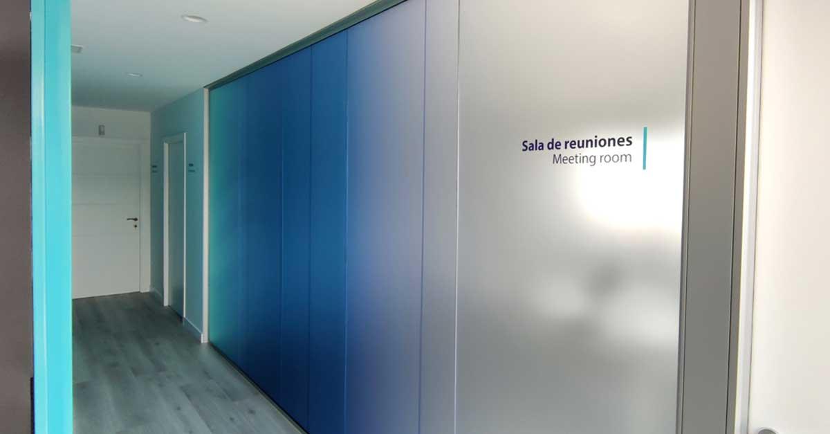 Sala de reuniones del nuevo edificio corporativo de Grupo Alonso en Murcia.