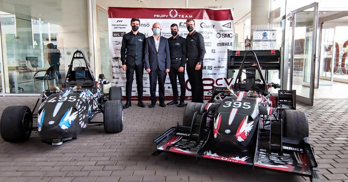 Jorge Alonso, presidente y CEO de Grupo Alonso, junto a miembros del equipo.